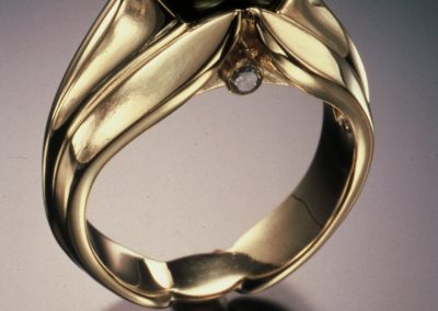 18k Gold Ring with Tahitian Pearl